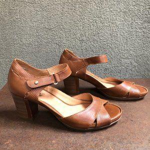 Pikolinos Cognac Genuine Leather Heeled Sandals